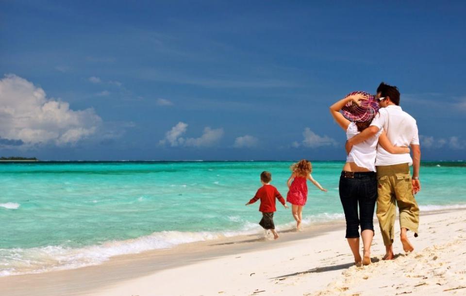 Πώς θα πάτε διακοπές με… επιδότηση – Όροι, κριτήρια και προϋποθέσεις
