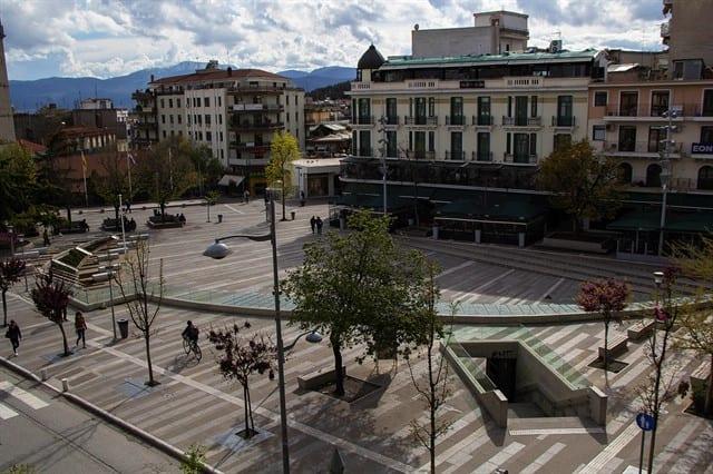 Δήμος Κοζάνης: Επιπλέον τετραγωνικά μέτρα για τοποθέτηση τραπεζοκαθισμάτων σε καφέ/εστίαση