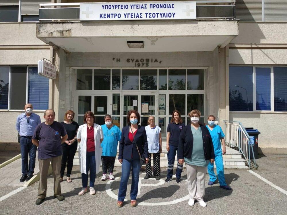 «Καλλιόπη Βέττα: Δεν αρκεί μόνο ένα ευχαριστώ για τους γιατρούς και νοσηλευτές/τριες - Επισκέψεις στα νοσοκομεία, κέντρα Υγείας και Δαμασκηνιά, Δραγασιά» 8
