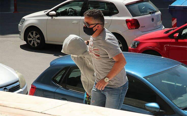 Αρπαγή 10χρονης στη Θεσσαλονίκη: «Κρύβεται κάτι μεγάλο από πίσω» λέει ο πρώην σύζυγος της 33χρονης