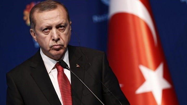 Συνεχίζει τις προκλήσεις ο Ερντογάν: Επιμένει να γίνει τζαμί η Αγιά Σοφιά