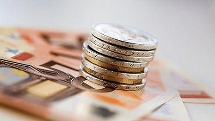Αυξήσεις με αναδρομικά 6 μηνών τον Σεπτέμβριο - Τι κερδίζουν 100.000 συνταξιούχοι που εργάζονται