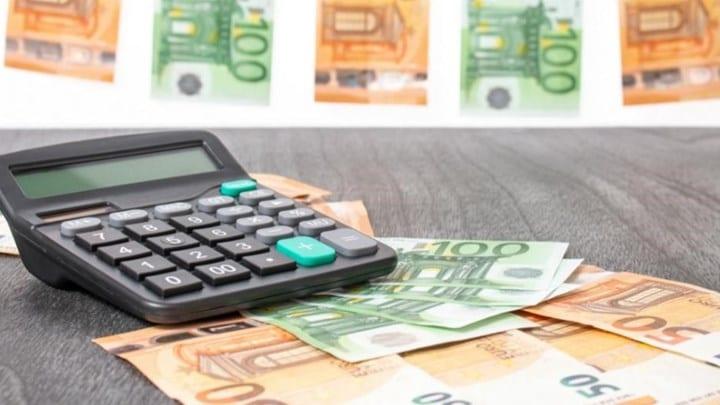 Προκαταβολή φόρου: Για ποιους εξετάζεται να μηδενιστεί - Τι σχεδιάζει το ΥΠΟΙΚ