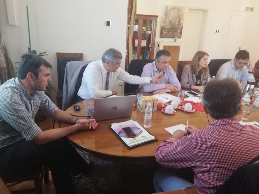 Τηλεθέρμανση: Συνάντηση του συντονιστή του Σχεδίου Δίκαιης Αναπτυξιακής Μετάβασης στη Δυτική Μακεδονία με το δήμαρχο Κοζάνης και στελέχη της ΔΕΥΑ 5