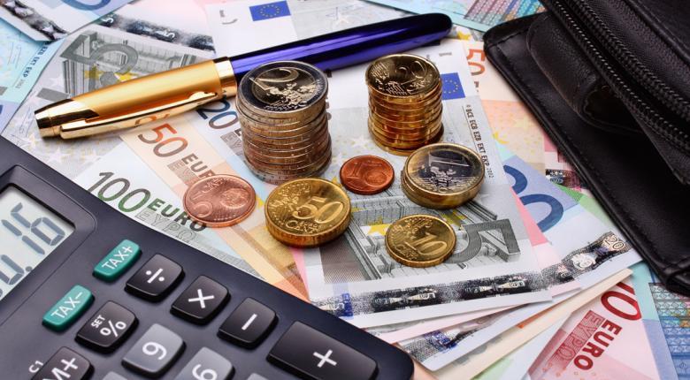 Για ποιους «παγώνουν» έως 31 Οκτωβρίου οφειλές φόρων και δόσεις ρυθμίσεων (ΚΑΔ)