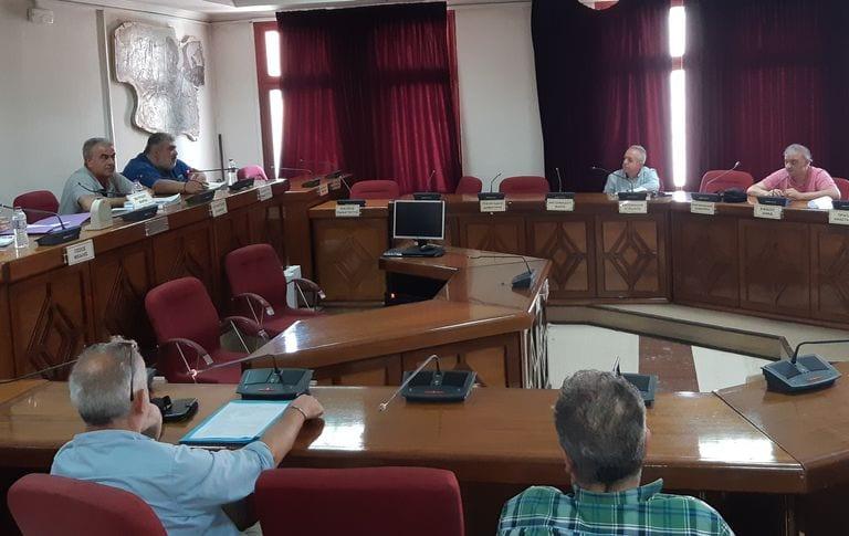 Σύσκεψη στο Δήμο Εορδαίας με θέμα τον έγκαιρο προγραμματισμό στις σχολικές μονάδες, για την επόμενη σχολική χρονιά.