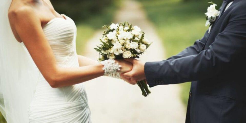 Έρχονται ψηφιακές άδειες γάμου και βάφτισης – Τι περιλαμβάνει το σχέδιο δράσης