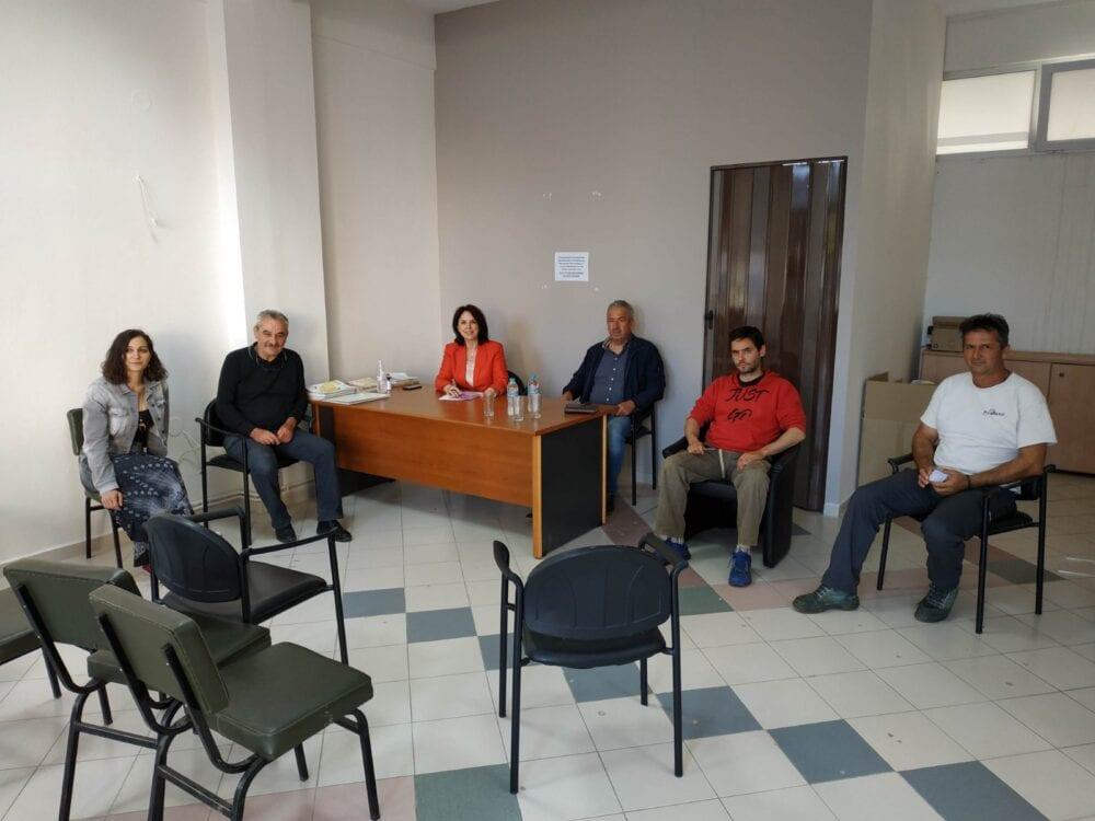 Καλλιόπη Βέττα: Η κυβέρνηση πρέπει να ασχοληθεί με τα σοβαρά προβλήματα των αγροτών και όχι με την επικοινωνιακή διαχείρισή τους». 15