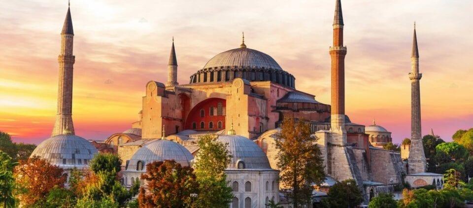 Τουρκικά ΜΜΕ: «Η Αγία Σοφία θα γίνει τζαμί» - Απίστευτες ύβρεις κατά του Αρχιεπισκόπου Ιερώνυμου