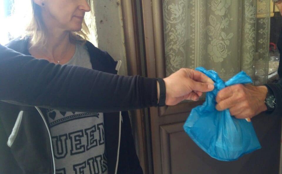 Αρωγοί στο συσσίτιο του Δήμου Κοζάνης επιχειρήσεις, σύλλογοι και πολίτες