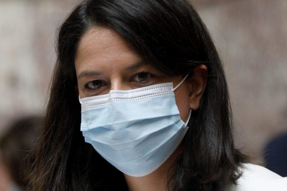 Κεραμέως: Όσοι μαθητές δεν φορούν μάσκα δεν θα συμμετέχουν στο μάθημα