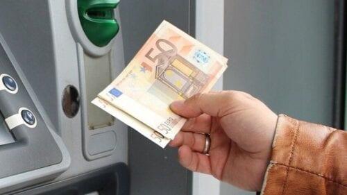 Αυξήσεις έως 280 ευρώ στις προσωρινές συντάξεις