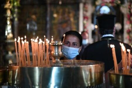 Covid-19: Παράταση των μέτρων στους χώρους λατρείας έως 31 Αυγούστου