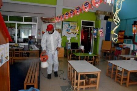 Άνοιγμα σχολείων: Έναρξη με χρήση μάσκας και ξεχωριστά διαλείμματα