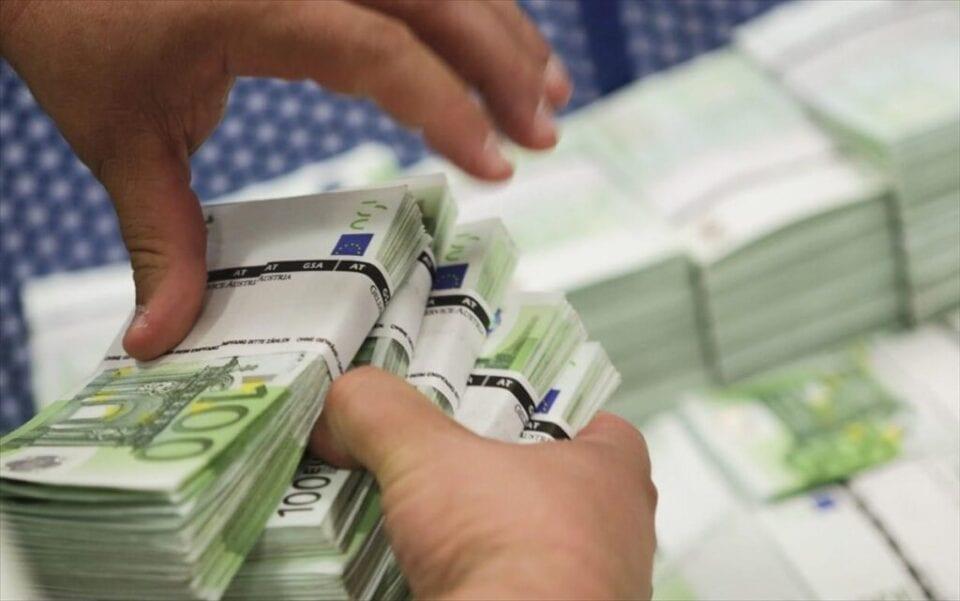 Αφορολόγητες οι γονικές παροχές για ποσά μέχρι 150.000 ευρώ (εγκύκλιος)
