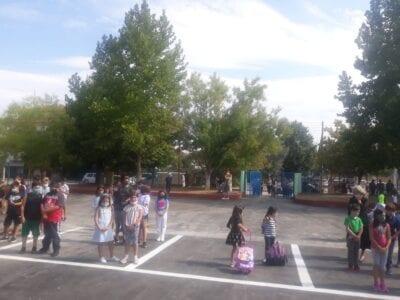 Δείτε φωτογραφίες απο τον Αγιασμό του  5ου Δημοτικό Σχολείο Πτολεμαΐδας. 7