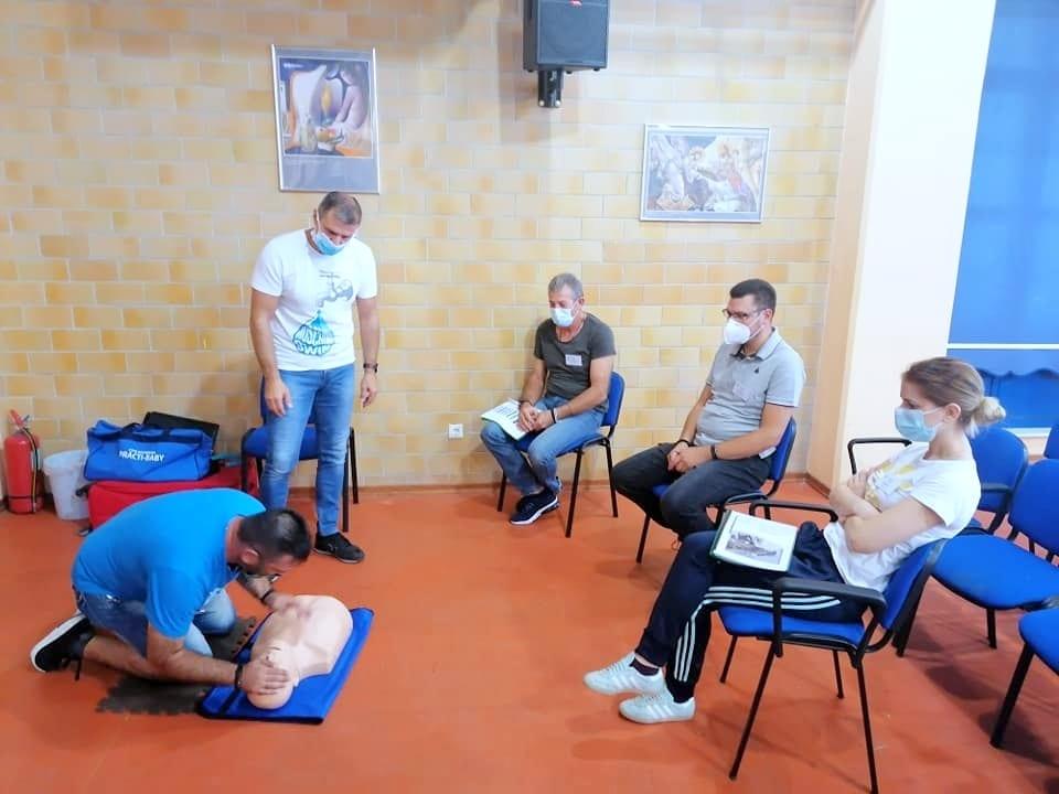 Μέλη της Εθελοντικής Διασωστικής Ομάδας Πτολεμαΐδας εκπαιδεύτηκαν και πιστοποιήθηκαν ως εκπαιδευτές, από το Ευρωπαϊκό Συμβούλιο Αναζωογόνησης , στην Παιδιατρική Βασική Υποστήριξη της Ζωής (φωτογραφίες) 40