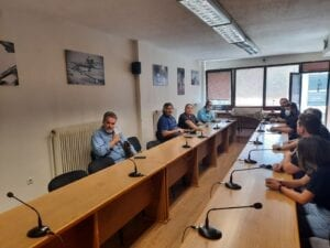 Η νεολαία του ΣΥΡΙΖΑ στα γραφεία του ΣΠΑΡΤΑΚΟΥ 6