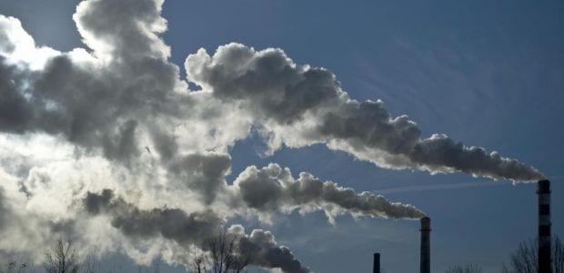 Μείωση 24% στα δωρεάν δικαιώματα CO2 των περισσότερων βιομηχανιών εντός πενταετίας προβλέπει το νέο σχέδιο της Κομισιόν
