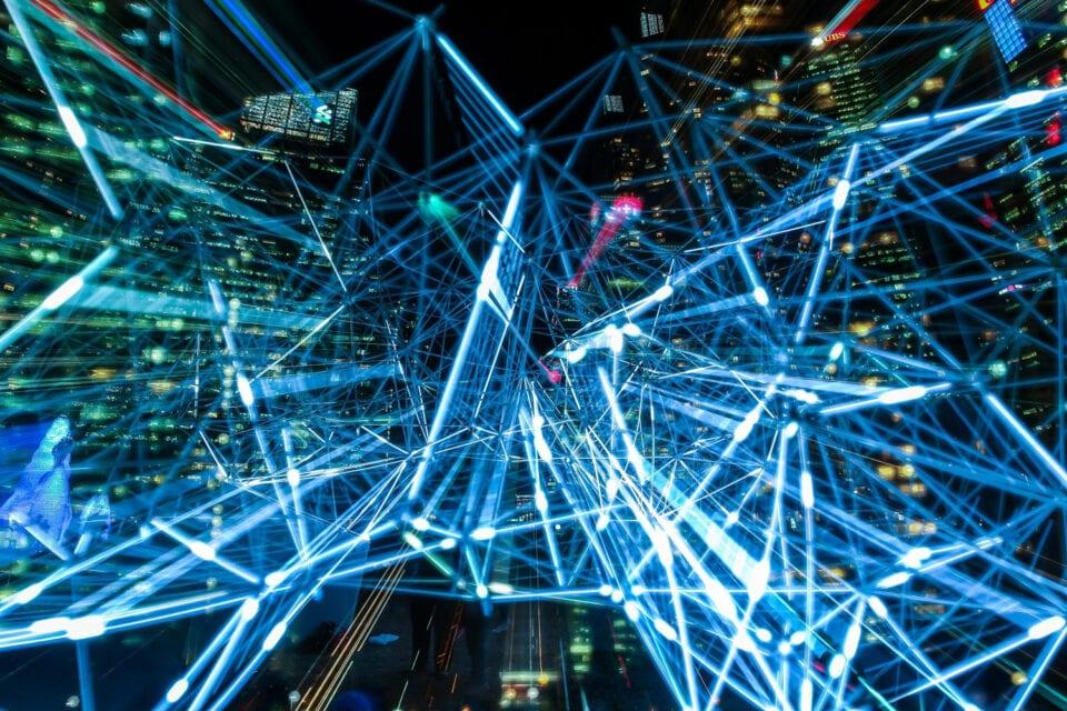 Νέα δεδομένα για τους συνδρομητές των Wind και Vodafone, ενώνουν δυνάμεις και σήμα