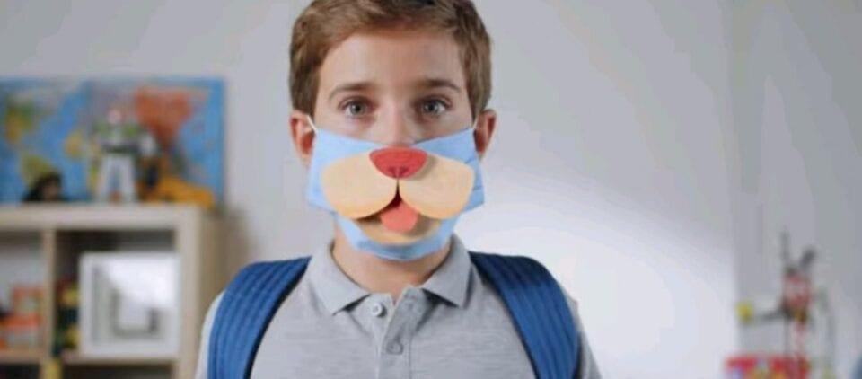 Κυβερνητική καμπάνια για να φοράνε μάσκες τα παιδιά: Όταν η ανωμαλία λανσάρεται ως κάτι το φυσιολογικό... (βίντεο)