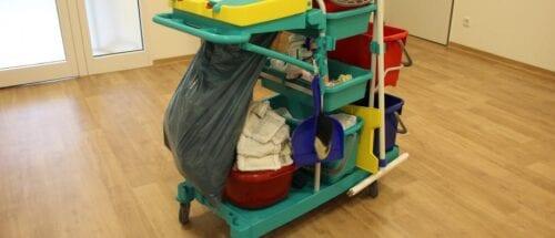 «Προβλήματα στη διαδικασία πρόσληψης προσωπικού καθαριότητας στα σχολεία της χώρας»