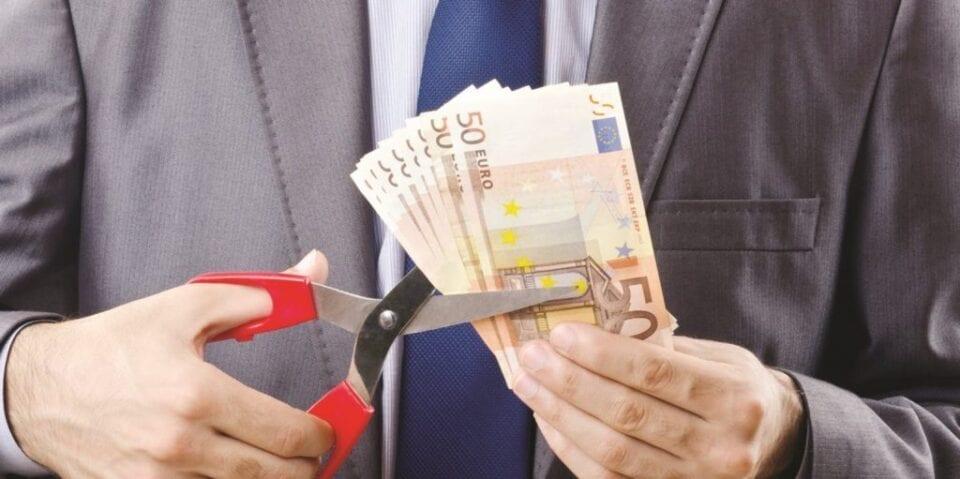 Βρούτσης για Δώρο Χριστουγέννων: Θα υπολογιστεί με βάση τα 534 ευρώ για όσους είναι σε αναστολή