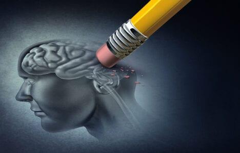 Γιατί ο νους επιλέγει να ξεχνά συγκεκριμένες αναμνήσεις
