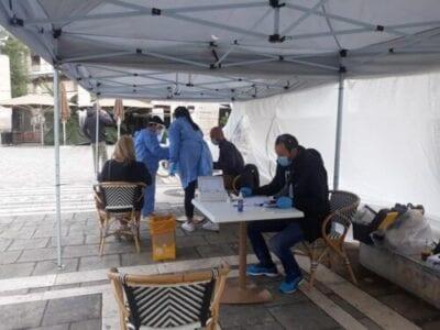 Τεστ ταχείας ανίχνευσης του κορονοιού SARS-COV2 (Rapid test) στην κεντρική πλατεία Πτολεμαΐδας (φωτο) 10