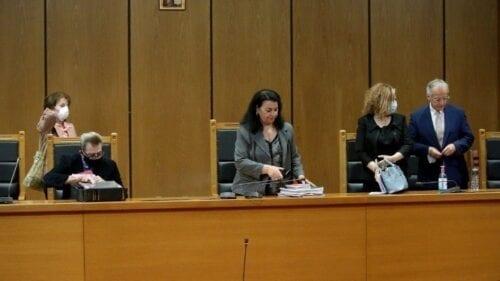 Δίκη Χρυσής Αυγής: Αναστολή για όλους πλην Ρουπακιά η πρόταση της εισαγγελέως
