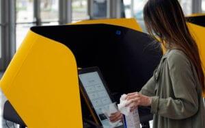 Προεδρικές εκλογές ΗΠΑ: 59 εκατομμύρια Αμερικανοί έχουν ψηφίσει ήδη