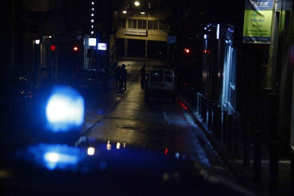 Απαγόρευση κυκλοφορίας: Ποιοι εξαιρούνται, με τι χαρτιά θα επιτρέπεται η κυκλοφορία μετά τα μεσάνυχτα