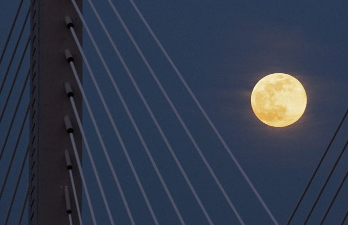 Πανσέληνος: Διπλή τον Οκτώβριο και Μπλε Φεγγάρι