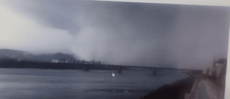 Εντυπωσιακό: «Τσουνάμι» χιονιού κάλυψε ολόκληρη πόλη στη Ρωσία