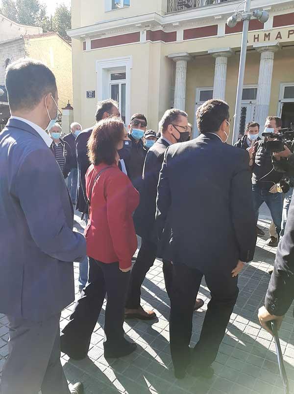 Ο Αλέξης Τσίπρας έφτασε στην Κοζάνη-Ξεκίνησε η σύσκεψη με τους πέντε δημάρχους της Π.Ε. 59