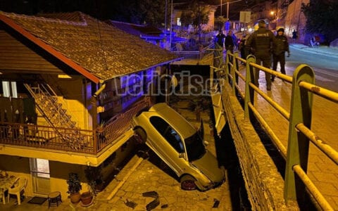 Βέροια: Αυτοκίνητο «πέταξε» και προσγειώθηκε σε αυλή σπιτιού