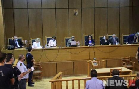 Δίκη Χρυσής Αυγής: Ένοχος ο Ρουπακιάς για τη δολοφονία Φύσσα 1