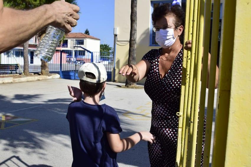 Κλείνουν τα δημοτικά σχολεία σε όλη την Ελλάδα