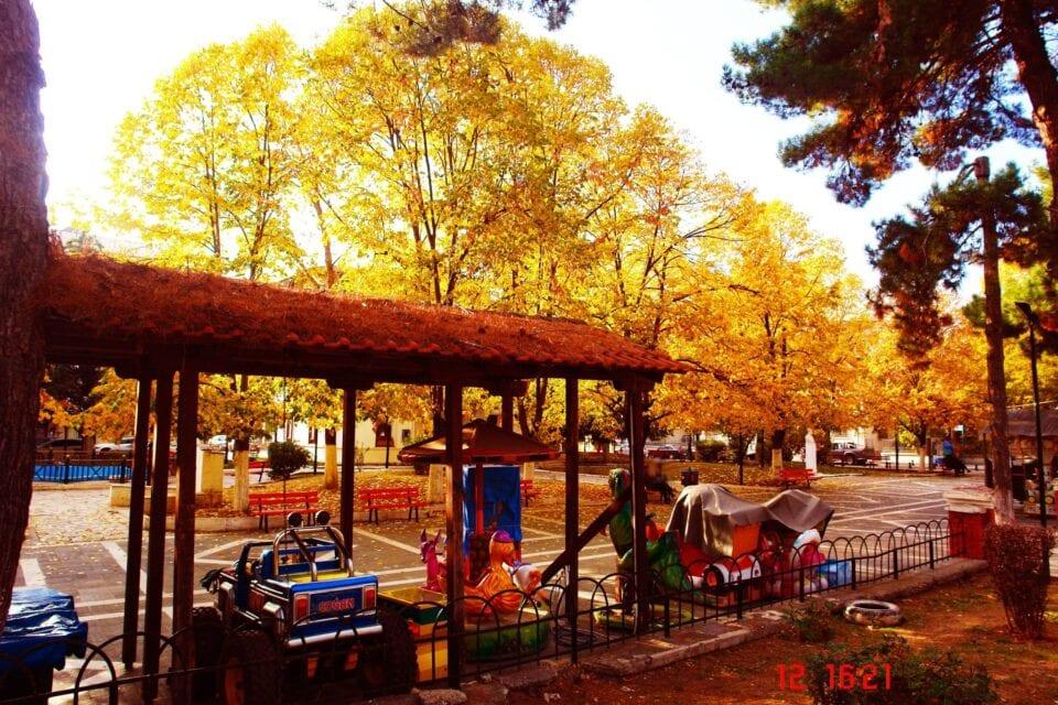 Πτολεμαΐδα: Φθινόπωρο εις την Πόλιν:«φθίνει(λιγοστεύει) +οπωρών (κτήμα με φρούτα)» (φωτογραφίες)