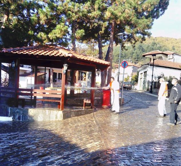 Απολυμάνσεις σε κοινόχρηστους χώρους των Κοινοτήτων και πλύσεις κάδων από το Δήμο Εορδαίας.