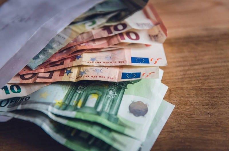 Οι 6 «καλές» πληρωμές του Δεκεμβρίου -Ποιοι θα πάρουν χρήματα (φωτο)