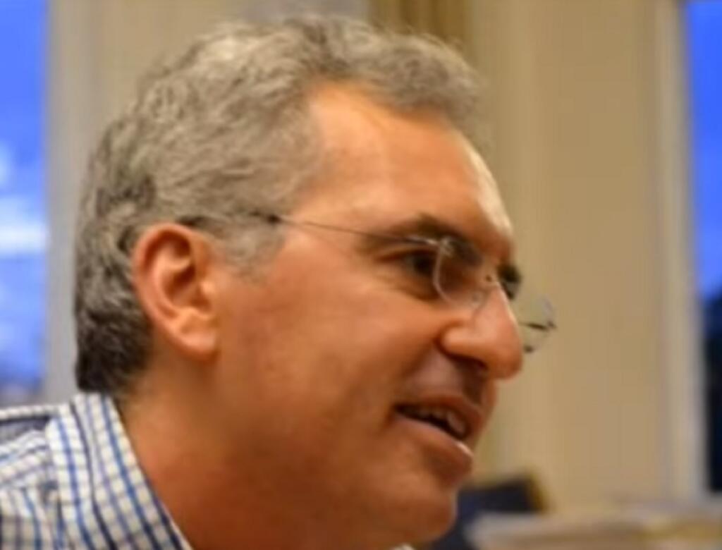 Θράκη: Παραιτήθηκε on air καθηγητής του Δημοκρίτειου Πανεπιστημίου – «Σατανίστρια η Κεραμέως»