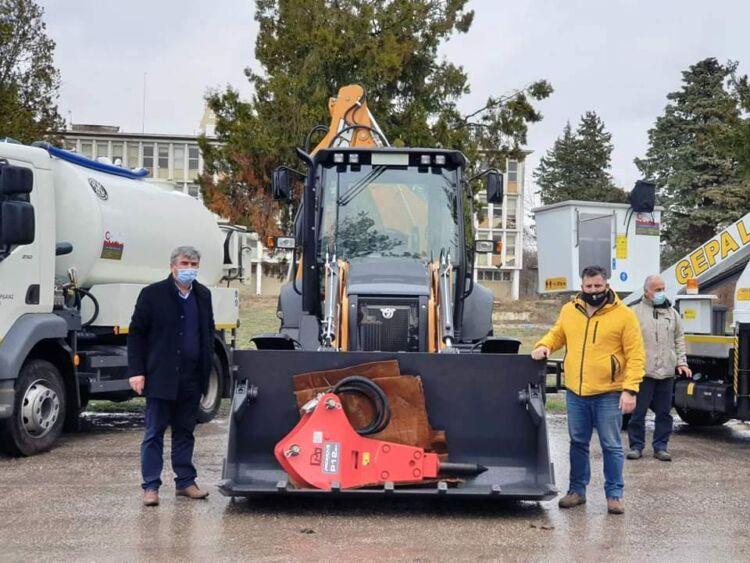 προμήθεια νέων μηχανημάτων έργου στο δήμο εορδαίας.
