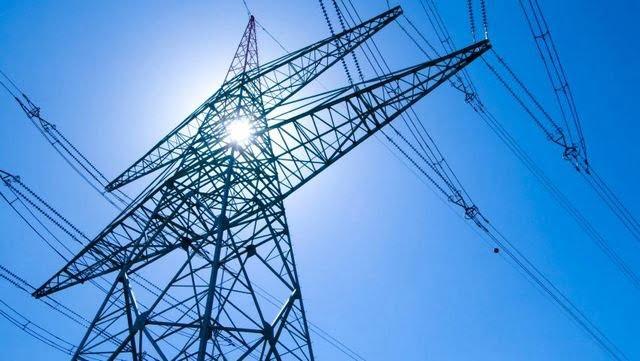 «πεδίο μάχης» η ενέργεια, χάνουν τον έλεγχο κυβέρνηση και ραε