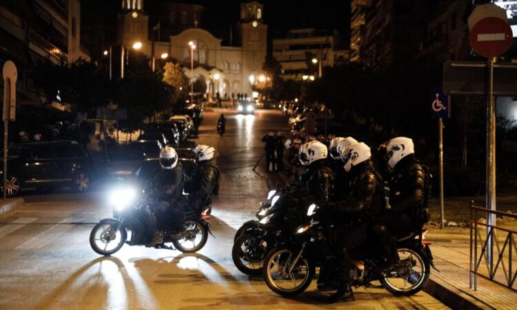 Νέα Σμύρνη: Συνεχίζει τα ψέματα ο γενικός γραμματέας ειδικών φρουρών για να δικαιολογήσει τους συναδέλφους του