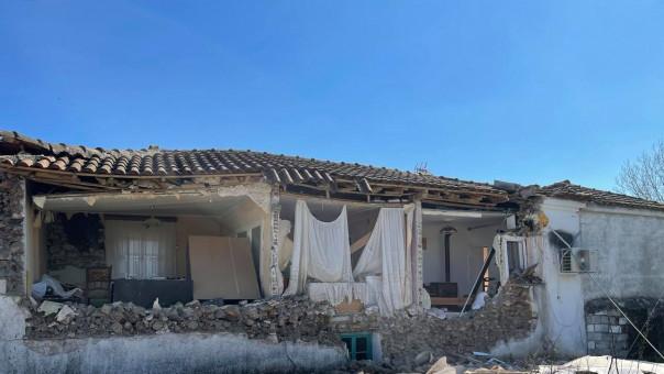 Βοήθεια στους σεισμόπληκτους…..