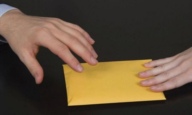 Αποκαλυπτικό βίντεο με την απάτη δημοσίων υπαλλήλων & τα «παζάρια» με τα διπλώματα