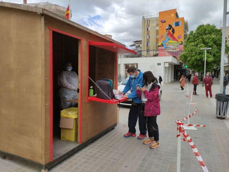 Κοζάνη: Αρνητικά όλα τα rapid tests στην κεντρική πλατεία