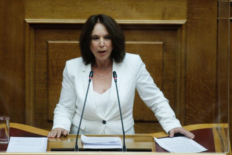 «Καλλιόπη Βέττα: Οι πολίτες της Π.Ε. Κοζάνης εξακολουθούν να βιώνουν την έλλειψη στήριξης του Ε.Σ.Υ. έναν χρόνο μετά την πανδημία - Κοινοβουλευτική ερώτηση»