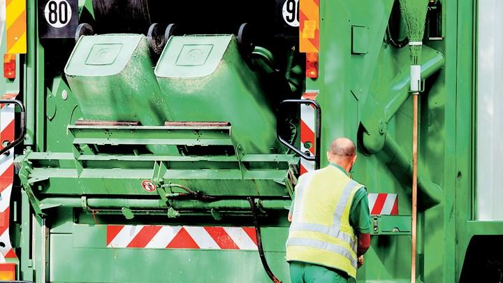 Προς λύση της εκκρεμότητας με τις προσλήψεις συμβασιούχων καθαριότητας στους δήμους - Τι είπε ο Βορίδης